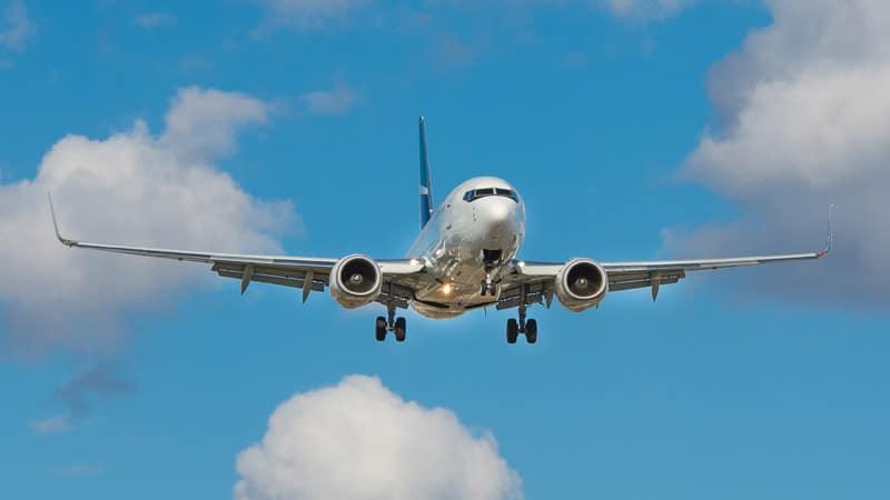 Airplane landing - flight injury